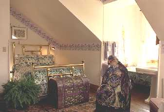 Paul's Purple Guest Room